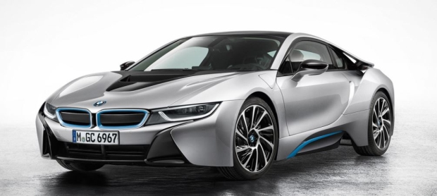 BMW i8 front side view 02 up 620.jpg