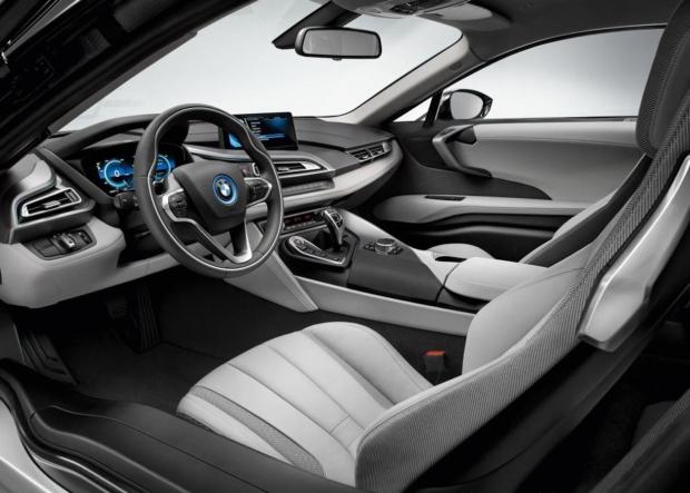 BMW i8 inside view 01 620.jpg