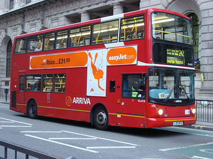 640px-London_Bus_route_242.jpg